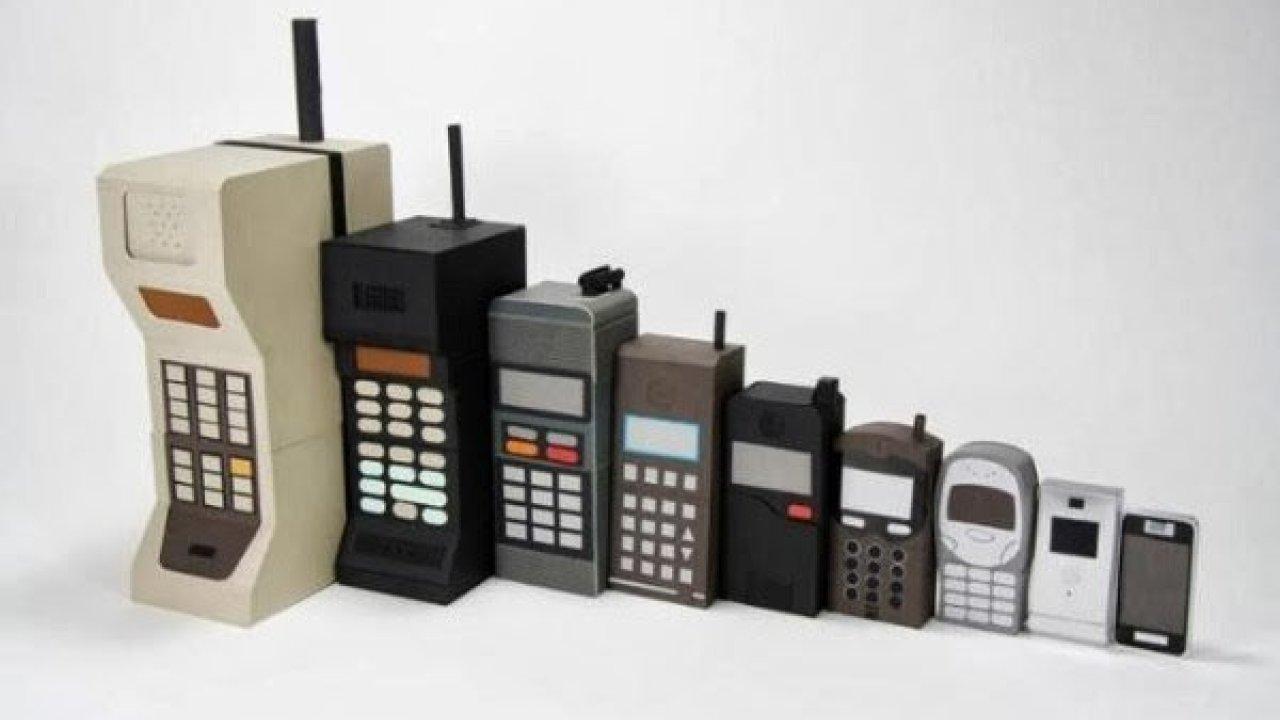 sejarah handphone